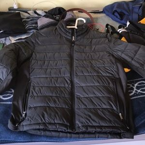 Guess Puffer. Never been used but has no tags.